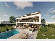 Villa à vendre 6 Chambres à Strassen - Réf. 5693151
