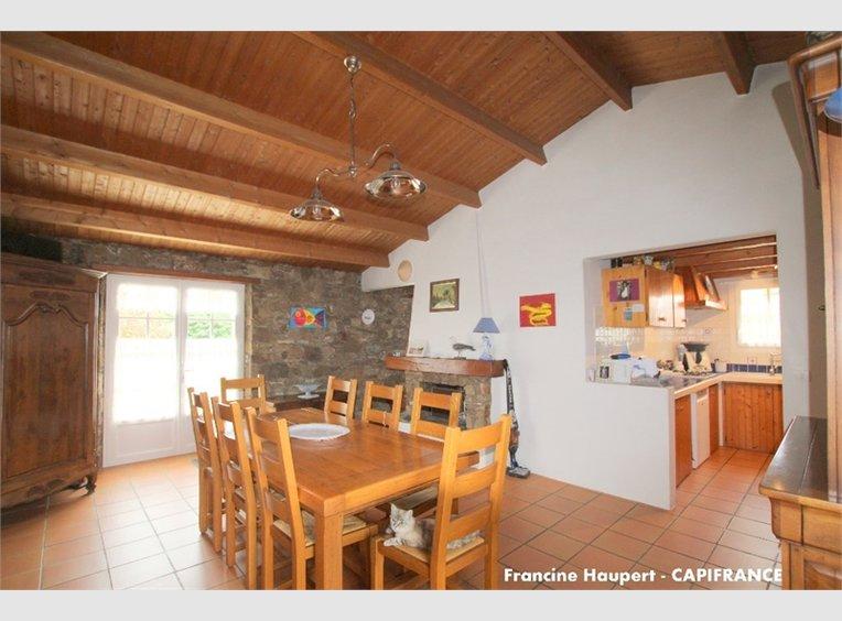 vente maison 6 pi ces l 39 le d 39 yeu vend e r f 5509871. Black Bedroom Furniture Sets. Home Design Ideas