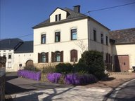 House for rent 6 rooms in Wincheringen - Ref. 6718447