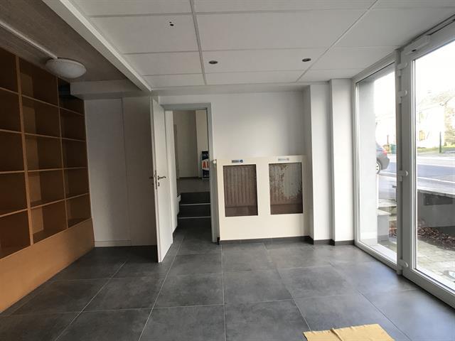 louer bureau 0 pièce 200 m² libramont-chevigny photo 5