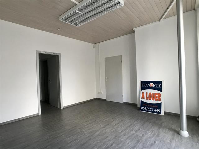 louer bureau 0 pièce 200 m² libramont-chevigny photo 7