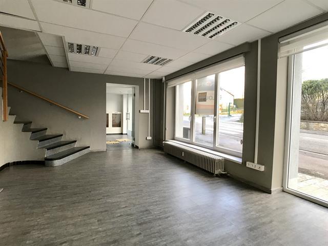 louer bureau 0 pièce 200 m² libramont-chevigny photo 3