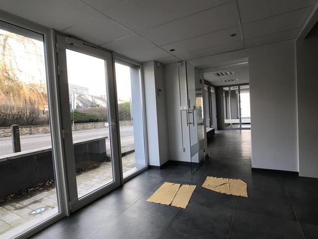louer bureau 0 pièce 200 m² libramont-chevigny photo 6