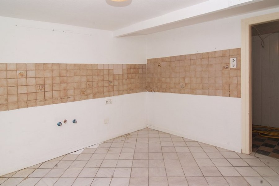 reihenhaus kaufen 10 zimmer 175 m² longkamp foto 2