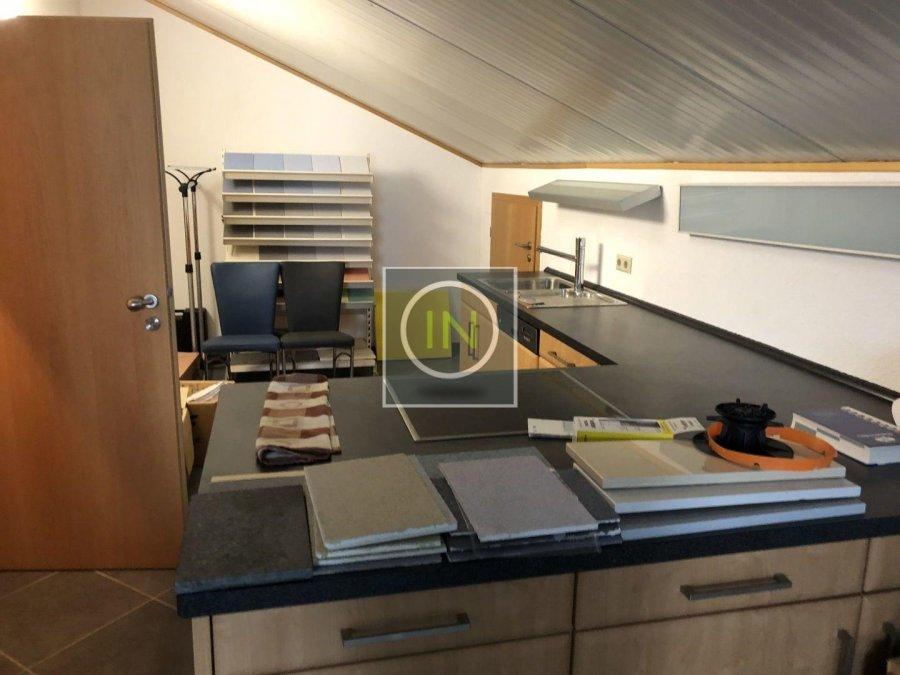 louer bureau 0 chambre 350 m² contern photo 5