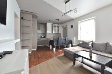 Louis MATHIEU RE/MAX Partners, spécialiste de l'immobilier à Dudelange vous propose à la vente ce bel appartement de 2006, d'une superficie de 57,65 m2 habitables. Situé à proximité du centre ville, proche des transports en commun, au rez-de-chaussée d'une petite résidence de six unités, il se compose de la manière suivante :   Un hall d'entrée, un séjour/salle à manger de 28 m2, une cuisine équipée ouverte sur le séjour, une chambre de 14 m2 avec un cour privative, un bureau ou deuxième petite chambre de 9 m2, une salle de douche avec douche, vasque, emplacement machine à laver et WC.  Caractéristiques supplémentaires : double vitrage, chauffage au gaz, bonne localisation, bonne rentabilité, etcà  Idéal pour premier achat ou investisseur (rentabilité possible de 4 à 5%).  Disponibilité premier trimestre 2019.  Coup de coeur assuré !  https://www.youtube.com/watch'v=g_IL65QTArc  Contact : Louis MATHIEU au +352 671 111 323 ou louis.mathieu@remax.lu Ref agence :5095912