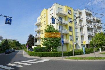 <br>SOUS COMPROMIS<br><br>Bel appartement de 64,69 m2 situé au 2ième étage d\'une résidence bien entretenue, sis à proximité du Centre de la Ville de Luxembourg.<br><br>L\'appartement dispose de :<br><br>Hall d\'entrée, grand living/salle à manger ( actuellement divisés en 2 pièces)  avec accès au balcon, cuisine équipée, 1 chambre à coucher, 1 salle de douche + WC, débarras avec emplacement pour la machine à laver, balcon, cave et 1 garage box fermé.<br><br>L\'appartement est actuellement loué.<br><br>La rue Alexandre Fleming est idéalement située à proximité de : Arrêts de bus, restaurants, boulangerie, Centre Hospitalier ainsi que du Centre de la Ville de Luxembourg.<br><br />Ref agence :55