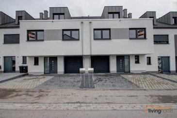 -- FR --  Maison mitoyenne sise à L-7651 Heffingen Schammeswiss.  DESCRIPTION: - Rez-de-chaussée:  Hall d\'entrée 10.05m², cuisine ouverte entièrement équipée et spacieux living 43.84m² donnant sur terrasse et jardin, WC séparé 2.22m², débarras 2,67m² - 1ère étage: Hall de nuit 5.90m², chambre parentale 15.27m² avec sa salle de bain privative 9.71m² et dressing 7.38m², 2 chambres à coucher 20.14m² + 19.67m², salle de douche 7.25m² - 2e étage:  Grand et lumineux studio 73.99m² - Sous-sol: Espace loisir 33.73m², caves 8.83m², buanderie 18.42m² - Extérieurs: Jardin, Terrasse, Garage pour 1 voiture, 2 emplacements voitures extérieurs  CONDITIONS DE BAIL: Caution 2 mois : EUR 5.000 Commission agence : EUR 2.925 Animaux domestiques admis sur demande  SITUATION: Heffingen se situe à 15 minutes de la ville de Diekirch et Ettelbrück, 10 minutes de Junglinster et 25 minutes de Luxembourg-Ville avec accès aux grandes axes autoroutiers.  CONTACT: - Bureau. +352 27 80 83 56 - Carine Dei Camillo +352 621 45 32 08 - Pascal Poos            +352 621 36 20 26  -- EN --  For rent: Newly built twin house, first renting , based in L- 7651 Heffingen Schammeswies. Ground floor: Hall entrance 10.05m² fully equipped kitchen and spacious living room 43.84m² opening onto terrace and garden, WC 2.22m², storeroom 2.67m² 1st floor: Hall 5.90m²,  master bedroom 25.27m² with his 9.71m² suite bathroom and dressing 7.38m², 2 bedrooms 20.14m² + 19.67m² , shower 7.25m² 2nd floor : Large and bright studio 73.99m² Subsoil: Leisure space 33.73 m², Caves 8.83m², Laundry 18,42m² Garden and Garage for 1 car A 2 months Deposit (EUR 4.760) is required   Heffingen is close to the cities Diekirch and Ettelbruck , Junglinster at 10 minutes and 25 minutes to Luxembourg City, with access to major highways.  For further information please contact us : - Pascal Poos +352 621 36 20 26 - Carine Dei Camillo +352 621 45 32 08  -- DE --  Zu vermieten: Neuerbautes Reihenhaus , erste Vermietung, in L- 7651 Heffingen Schamm