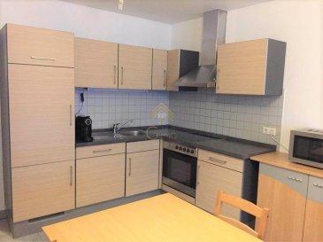REAL G IMMO, vous propose ce bel appartement à Differdange Fousbann avec une surface habitable de +/- 76m² dans une résidence construite en 2007 et entièrement rénové en 2018.  Celui-ci se situe à proximité de tous commerces et transports publiques.  Ce bien se compose comme suit: -  Hall d\'entrée, - Cuisine équipée, - Living/ Salle à manger, - Débarras, - 2 chambres à coucher, - 1 salle de douche, - Wc séparé, - Grande terrasse de +/- 33m² (aucun vis-à-vis), - Cave.  Pour plus de renseignements ou une visite des lieux (visites également possibles le samedi sur rdv), veuillez nous contacter au 28.66.39.1.  Les prix s\'entendent frais d\'agence de 3 % et TVA 17 % inclus.  Les visites ont repris, et nous sommes heureux de pouvoir à nouveau vous revoir ! Notre équipe sera équipée de gants et de masques afin de vous recevoir ou vous faire visiter nos biens en toute sécurité. Ref agence :73308