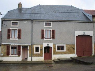 THONNE LE THIL,   - Maison d\'habitation comprenant : Au rez-de-chaussée : entrée, cuisine , chaufferie avec douche et point d\'eau, salle à manger, buanderie, w.c. ; A l\'étage : 3 chambres ; Grenier, écurie et grange. Terrain derrière ; Terrain en face de la maison avec 2 garages ; Le tout sur une superficie de 16a 97ca - 95400,00 E (frais de négociation  chg vendeur)  - REF THOVIG