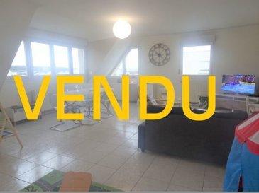 Appart. Guenange 3 pièce(s) 99 m² au sol. Situé 4 B rue Anne Boullie, cet appartement de 99 m² au sol se situe au 3ème et dernier étage. Il se compose d'une cuisine équipée ouverte sur la pièce à vivre d'environ 45 m², et accès terrasse (  de 12 m²) exposée sud-est , deux chambres, une salle de douche et un WC indépendant. Pour votre confort l'appartement est équipé d'un store banne motorisé, et d'une climatisation. Vous disposez également d'un garage avec porte motorisée. Le chauffage et l'eau (chaude et froide) sont inclus dans les charges de copropriété. IMMO DM: 03.82.57.31.87  dont 5.00 % honoraires TTC à la charge de l'acquéreur. Copropriété de 87 lots (Pas de procédure en cours). Charges annuelles : 4200.00 euros.