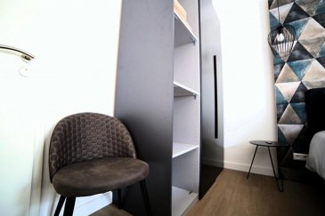 'English below'  Située à Merl, dans une agréable rue au calme( rue de la Toison d'Or,) proche de toute connexion, très belle chambre meublée par un designer. surface de 13 m². Celle-ci se trouve dans une petite résidence de 7 chambres. Elle se compose comme suit:  Lit double de 160 cm habillé de beau linge de lit en lin, oreillers, internet haut débit, TV écran plat, armoire, petit bureau. Cuisine et salle de bain en colocation.  En plus d'un lit très confortable, les appartements sont très biens équipés (il y a tout le nécessaire pour cuisiner:  vaisselles et casseroles, ainsi que cafetière expresso, bouilloire et grille pain. L'appartement dispose également d'un aspirateur ainsi qu'un fer et une table à repasser. Un Lave linge et un sèche linge se trouve dans le sous sol de la résidence.  Le prix est de 990' (charges comprises: eau, Electricité, chauffage, internet et wifi, TV, nettoyage des parties communes 1 fois par semaine, assurance habitation,  Bail de courte et longue durée possible. Disponible à partir du 12 Aout.  Le service de l'agence: L'agent vous accompagne dans le service de colocation pour toute la durée du bail, et est disponible à tout moment pour toute les demandes.  Pour tous renseignements complémentaires, contacter le (00352)  661 123 903  Located in Merl, in a nice quiet street (rue de la Toison d'Or,) close to bus connection, very nice room furnished by a designer. surface of 12 m². This one is in a small residence of 7 rooms. It is composed as follows:  Double bed 160 cm dressed with beautiful linen bed linen, pillows, high speed internet, flat screen TV, wardrobe, small desk. Kitchen and shared bathroom.  In addition to a very comfortable bed, the apartments are very well equipped (there is everything needed to cook dishes and pans, as well as espresso machine, kettle and toaster. The apartment also has a vacuum cleaner and an iron and ironing board. Washing machine and dryer in the basement of the apartment.  The price is 990 ' (charges 
