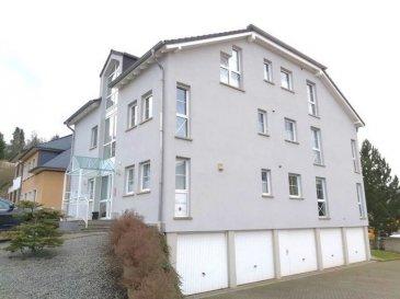 *** IDÉAL POUR INVESTISSEUR !***  Bel appartement de +/- 79m² dans une résidence bien entretenu et construite en 1997, sise à Echternach.  Ce bien se compose comme suit: hall d'entrée, cuisine équipée séparé, spacieux living, terrasse, salle de douche et 2 chambre à coucher.  À ce bien s'ajoutent une cave privé, un garage et un emplacement extérieur.  POUR INFORMATIONS: - aucun travaux à prévoir - Fond de réserve existante - Charge mensuelle +/-230.-€  Pour tout renseignements complémentaires ou une visite (visites également possibles le samedi sur rdv), veuillez contacter le 691 850 805.