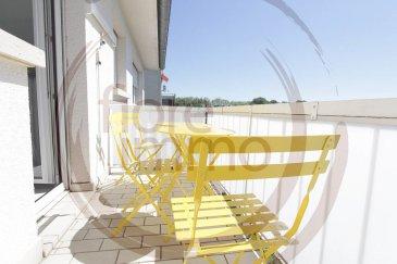 IDEAL POUR INVESTISSEURS !!!<br><br>Nous avons le plaisir de vous proposer à la vente, un très bel appartement totalement meublé et équipé, traversant et très lumineux d\'une surface moyenne de 85 m2.<br><br>Situé dans une rue calme de Howald, dans la commune de Hesperange, il se compose comme suit :<br><br>- Large entrée, avec rangements intégrés ;<br>- Double living ;<br>- Cuisine séparée donnant sur le balcon exposé Sud -Est ;<br>- 2 chambres ;<br>- 1 Salle de douche ;<br>- 1 Toilette séparée;<br>- 1 Cave ;<br>- Garage fermé (en option);<br>- Petit jardin;<br>- Grenier.<br><br>Détails :<br>- Double vitrage ;<br>- Porte blindée ;<br>- Ascenseur.<br><br>Le bien est actuellement loué.<br><br>Situation proche du Bonnevoie et à quelques minutes de la Gare Centrale.<br><br>Pour plus de renseignements, veuillez contacter l\'agence.<br><br><br><br /><br />IDEAL FOR INVESTORS  !!!<br><br>We are pleased to offer you for sale, a beautiful apartment totally furnished and equipped, crossing and very bright with an average surface of 85 m2.<br><br>Located in a quiet street of Howald, in the Common of Hesperange, it is composed as follows:<br><br>- Large entrance, with built-in wardrobe;<br>- Double living room;<br>- Separate kitchen with the balcony facing South-East;<br>- 2 bedrooms;<br>- 1 Shower room;<br>- 1 Separate toilet;<br>- 1 Cellar;<br>- Closed garage (optional);<br>- Small garden;<br>- Attic.<br><br>Details:<br>- Double glazing;<br>- Armoured door;<br>- Elevator.<br><br>The property is currently rented.<br><br>Location near the Bonnevoie and a few minutes from the Central Station.<br><br>For more information, please contact the agency.<br><br><br>