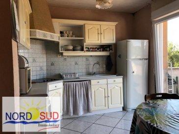MAISON WITTRING - 6 pièce(s) - 115 m2. A Wittring, belle maison individuelle de 115 m², sur un terrain de 17 ares comprenant :~~- une cuisine~- un salon ~- un séjour~- 3 chambres ~- une salle de bain avec WC séparés~- un sous-sol complet avec garage, buanderie, salle de douche à terminer, chaufferie.~~Dépendances de 30 m² environ~Une partie du terrain reste constructible.~~Nord Sud Immobilier~10 rue de France~57200 SARREGUEMINES~~03 87 02 83 36
