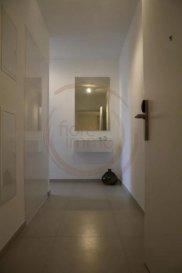 Nous avons le plaisir de vous proposer un un bel appartement en location, d'une surface d'environ  40m2, meublé et entièrement équipé, il se compose comme suit:  - Cuisine équipée ouverte sur living et salle à manger ; - 1 Chambre ; - Salle de bain ; - Terrasse meublée de 14m2 ;  - Buanderie équipée (lave linge/sèche linge) - Garage et cave en option.  Charges comprises (service de nettoyage, électricité, wifi, télévision...)  Frais d'agence à la charge de la partie Locataire : 1 mois de loyer + 17% TVA.   Pour plus de renseignement veuillez contacter l'agence.<br />Wir haben das Vergnügen, Ihnen eine schöne Wohnung zu vermieten, mit einer Fläche von ca. 40m2, möbliert und komplett ausgestattet, es besteht wie folgt:  - Offene Küche mit Wohnzimmer und Esszimmer; - 1 Zimmer; - Badezimmer; - Möblierte Terrasse von 14m2;  - Ausgestatteter Waschraum (Waschmaschine/Wäschetrockner) - Garage und Keller.  Einschließlich Nebenkosten (Reinigungsservice, Strom, WLAN, Fernseher usw.)  Agenturkosten zu Lasten des Mieterteils: 1 Monat Miete + 17% MwSt.   Für weitere Informationen wenden Sie sich bitte an die Agentur.<br />We are pleased to offer you a beautiful apartment for rent, with an area of about 40m2, furnished and fully equipped, it consists as follows:  - Kitchen equipped open to living and dining room; - 1 House; - Bathroom; - 14m2 furnished terrace;  - Equipped laundry (washing machine/dryer) - Garage and cellar optional.  Charges included (cleaning service, electricity, wifi, television...)  Agency fees payable by the Tenant : 1 month's rent + 17% VTA.  For more information, please contact the agency.