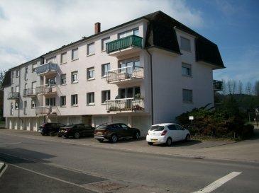 Appartement comprenant:grand living avec accès balcon,1 chambre à coucher,1 bureau,1 cuisine équipée,1 salle de bains ,1W.C. séparé,1 cave