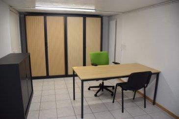 L'agence IMMOLORENA a sélectionné pour vous :   Ce bureau de 18 m2 à deux pas du CACTUS.  Il est entièrement équipé pour la bureautique ( raccordement téléphone, internet, ....) et il dispose de WC, une kitchenette.  PRIX: 530 € CHARGES INCLUSES ainsi que la femme de ménage ( une fois par semaine)   CONDITIONS: - 3 MOIS DE GARANTIE BANCAIRE soit 1.590 € - 1 MOIS  de loyer en cours soit 530 € - PLUS FRAIS D'AGENCE: 530€ plus 17% de TVA soit 620,10€  TOTAL: 2740,10 €   Situation idéale.   Disponible de suite.  Pour tout contact: Joanna RICKAL: +352 621 36 56 40 Vitor Pires:+352 691 761 110   L'agence ImmoLorena est à votre disposition pour toutes vos recherches ainsi que pour vos transactions LOCATIONS ET VENTES au Luxembourg, en France et en Belgique. Nous sommes également ouverts les samedis de 10h à 19h sans interruption.