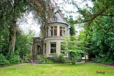 Située au coeur de la pittoresque localité de Clervaux, cette sublime propriété vous séduira avec tous ses avantages d\'une demeure paisible, au sein d\'un cadre historique. Datant du début du XXe siècle, le bien, dénommé \