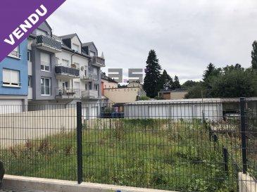 A.S. Real Estate vous propose à la vente un jardin entièrement clôturé avec une contenance de 1 are 47 ca situé à Tétange.  Pour de plus amples informations ou pour convenir d'une visite, n'hésitez pas à nous contacter au (+352) 621 274 674 ou à info@as-estate.lu.