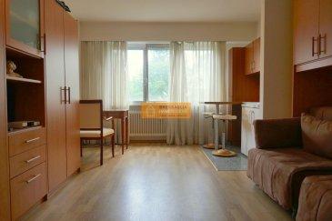 Beau studio meublé idéalement situé dans le quartier de Luxembourg-Gare avec un accès facile au tram.<br><br>Le studio dispose de:<br>Hall d\'entrée, kitchinette, grande pièce ouverte,salle de douche + WC.<br><br>A voir.