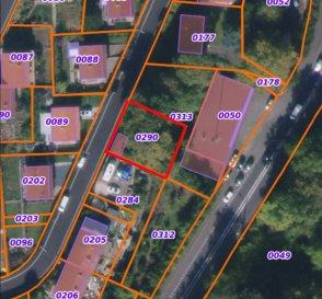 L'agence immobilière New Keys a le plaisir de vous proposer un terrain situé sur le haut de Villerupt dans une zone résidentielle à 6 km de la frontière luxembourgeoise.  Un terrain de 4 ares dont une parcelle d'environ 20m de façade ainsi qu'un garage.  N'hésitez pas à nous contacter au 352 621 647 509 ou par mail ahenriques@newkeys.lu pour plus d'informations et/ou une éventuelle visite.  COVID: Pour votre sécurité, nos visites sont effectuées avec des masques.  Le prix s'entend frais d'agence inclus et payable par le vendeur.  Nous recherchons en permanence pour la vente et pour la location, des appartements, maisons, terrains à bâtir pour notre clientèle déjà existante. N'hésitez pas à nous contacter si vous avez un bien pour la vente ou la location.  Estimation gratuite Ref agence : 5003591