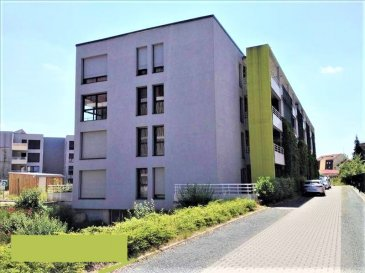 ( contact de 9h à 20h - Jérémy FALCOMATA - Agent immobilier indépendant - 06 98 89 17 53  )  ******* SOUS OFFRE *******  Belle opportunité à saisir rapidement !!! T3 de 72 m² au 1ier étage dans une résidence moderne de 2010 -  R+3 avec ascenseur.   ***** LABEL BBC ***** -------- 3 places de parking : 2 en ss-sol et 1 extérieure. -------- Situation idéale en limite de Terville et Thionville - juste derrière l\'hôtel Première Classe. ------- Seulement 2 appartements par palier. ------- Composé comme suit : Grand hall d\'entrée - wc séparé - 2 grandes chambres - belle salle de bains avec baignoire et douche à l\'italienne - vasque - miroir. Grand sal / séj / cuisine lumineux avec pièce buanderie / cellier. Terrasse 12,3 m² et grand cagibi extérieur 6 m²env. ------- Chauffage gaz au sol. Chaudière collective.  Compteurs individuels ! eau chaude + chauffage. Compris dans le décompte de charges. ------- Exemple de charges estimatives hors consommations + les parkings  env. : 340 € / trimèstre Exemple de charges estimatives avec consommations ( chauffage + eau chaude )   env. : 500 € / trimèstre ------- Résidence de 32 appartements - ( 67 lots avec parkings ) ------ IMMO GEST HAGONDANGE