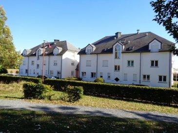 A louer 1 emplacement de parking intérieur dans une résidence situé à Redange.