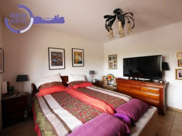 DISPONIBLE DE SUITE  New Keys vous propose ce grand appartement 3 chambres au1er étage d'une petite copropriété de seulement 3 unités dans la commune de Mondercange.  Le bien se présente de la manière suivante:  -Grand hall d'entrée,  -Espace living/salle à manger lumineux,  -Cuisine équipée séparée avec un accès à un balcon d'environ 7m2,  -3 chambres à coucher (environ 11,70 m2, 12,48m2, 14,43m2), -Salle de bain avec toilettes et évacuation pour la machine à laver, -Toilettes séparés  Pour compléter ce bien vous profiterez d'une cave privative avec branchement pour machine à laver ainsi que d'un garage privatif (possibilité de faire un garage pour deux voitures).  N'hésitez pas à nous contacter au 352 691 216 830 ou par mail smarrocco@newkeys.lu pour plus d'informations et/ou une éventuelle visite.    COVID: Pour votre sécurité, nos visites sont effectuées avec des masques, des gants et limitées à 3 personnes par visite.  Les prix s'entendent frais d'agence inclus dans le prix et payable par le vendeur.  Nous recherchons en permanence pour la vente et pour la location, des appartements, maisons, terrains à bâtir pour notre clientèle déjà existante. N'hésitez pas à nous contacter si vous avez un bien pour la vente ou la location. Estimation gratuite. Ref agence : 5003436