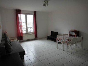 Joli appartement, lumineux, 1 chambre meublé d'une surface totale de 60 m2. L'appartement est situé au 5ième étage d'une résidence à moins de 5 minutes à pieds de la gare. L'appartement se compose d'une pièce principale avec cuisine ouverte, d'une chambre à coucher et d'une salle de douche.