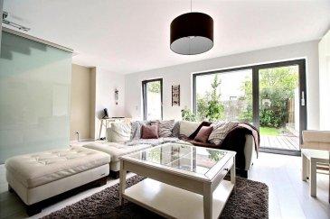 RE/MAX  spécialiste de l'immobilier à Esch-sur-Alzette, vous propose cette belle maison de 4 chambres d'une surface habitable d'environ 183 m2 sur un terrain de 1,54 ares.  La maison se compose comme suit :  Au rez-de-chaussée, grand hall d'entrée avec WC séparée, accès à un double garage, une cave et buanderie. Au rez-de-jardin, un double séjour d'environ 56 m² avec accès terrasse et jardin, une cuisine ouverte complètement équipée. Au premier étage, un hall de nuit, deux chambres et une salle de bains avec douche et WC. Au deuxième étage, on retrouve une chambre avec une grande terrasse orientée plein sud, ainsi qu'une deuxième chambre et une salle de douches avec WC.  Situation très calme, proche des axes routiers et des commerces.  Disponibilité : à convenir.  A visiter sans tarder.  Personne de contact: Da Graca Sonia  tel: +352 661 458 188 Mail: sonia.dagraca@remax.lu Ref agence :5095890