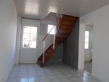 REF: 5981  Maison entièrement rénovée sur Berck ville  Comprenant: séjour, cuisine équipée, salle de bains, wc deux chambres à l'étage  DPE E et GES C