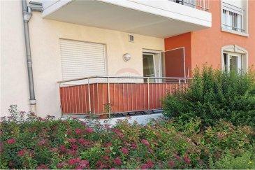 Veuillez contacter Qiqi Zhou pour de plus amples informations : - T : +352 661 570 297 - E : qiqi.zhou@remax.lu  La visite virtuelle à votre disposition : https://premium.giraffe360.com/remax-select/e8afc99427a6457693646cc7ccc7dfdd/  RE/MAX, Spécialiste de l'immobilier à Luxembourg-Beggen, vous propose, à la vente, cet appartement de Beggen dans une résidence de 5 étages. Il est situé au rez-de-chaussé (avec ascenseur).  L'appartement d'une surface d'environ 86 m² se compose comme suit : - Deux chambres à coucher (11 m² et 14 m²) - Un grand séjour lumineux avec cuisine ouverte (48 m²) - Un balcon (6,2 m²) - Une salle de bain avec W.C. (5,7 m²) - Un W.C. séparé (1,2 m²) - Une cave privative - Un emplacement intérieur  Proche de toutes les commodités (bus, supermarché, restaurants, pharmacie...).  Frais d'agence RE/MAX + TVA sont à charge de la partie venderesse. Toute offre sera soumise à l'acceptation expresse des vendeurs.  ---  Please contact Qiqi Zhou for further information: - +352 661 570 297 - qiqi.zhou@remax.lu  The virtual tour at your disposal: https://premium.giraffe360.com/remax-select/e8afc99427a6457693646cc7ccc7dfdd/  RE/MAX, Real estate specialist in Luxembourg-Beggen, offers this flat in Beggen, in a building residence in a calm region, for sale. It is located on the ground floor (with lift).  The flat has a surface of about 86sqm and is composed as follows: - Two bedrooms - A large and bright living room with open kitchen  - A balcony - A bathroom with toilet  - A separate toilet - A private cellar - An interior parking  Close to all amenities (bus, supermarket, restaurants, pharmacy...).  Agency fees RE/MAX + VAT are charged to the seller. All offers are subject to the express acceptance of the sellers.