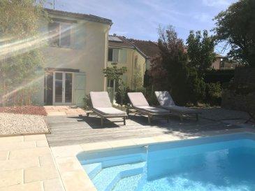 MAISON 6 - VILLEY SAINT ETIENNE. COUP DE COEUR ! Nouveau à Villey-Sain-Etienne, coup de coeur assuré pour cette jolie maison pleine de charme. Celle-ci vous offre en rez de chaussée: un vaste espace de vie de près de 80m² ouvert sur une cuisine entièrement équipée permettant un accès à la terrasse, au jardin ainsi qu\'à la piscine, une première chambre, un cellier ( possibilité de créer une salle de bains en RDC ) d\'une buanderie, et  WC séparés.A l\'étage, une première belle pièce de 37m² (chambre, bureau ou encore espace pour les enfants), 3 chambres supplémentaires dont une suite parentale, ainsi qu\'une salle de bains, WC séparés.Vous disposerez également d\'un garage et d\'une dépendance sur deux niveaux, aménageable selon vos envies.Ce bien d'exception, et son extérieur sans aucun vis à vis avec piscine aux abords paysagés sauront vous séduire par son charme provençal.Prix: 370 000 euros FAI, frais d\'agence à la charge du vendeur.  - barème honoraires : www.tfimmo.com /nos-honoraires.php - Contact : 06.68.08.05.71 - egerardin.tfimmo@gmail.com