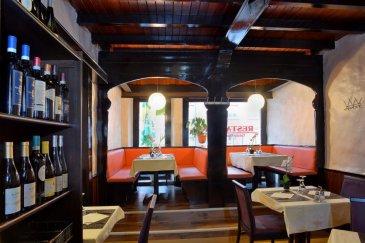 For English, see below please !   Français : A louer Prestigieux restaurant (50 couverts), au Coeur de la Ville d'Esch. RDC : 20 m² de terrasse, 100 m² salon, 15m² de cuisine, tout est en bon état. Au sous-sol, dressing pour les employés, deux caves de 30 m² chaque, 79.000 EUR de fond du commerce, clients fidèles. Tél. 691 262 909 / info@immo-aba.lu  English : For rent, a prestigious restaurant (50 covers), in the heart of the City of Esch. Ground Floor : 20 m² terrace, 100 m² lounge, 15 m² kitchen, everything is almost new, for the 79.000 EUR that you pay. In the basement, dressing for the employees, two cellars of 30 m² each. Tel. 691 262 909 / info@immo-aba.lu  ********************  Confiez-nous vos biens immobiliers pour la vente ou pour la location. Nous sommes une société sérieuse, minutieuse, ayant ses bureaux au cœur de Luxembourg-Ville depuis 19 ans. Nous avons une bonne clientèle et nous faisons aussi beaucoup de publicité. Monsieur Parviz MOLLAIAN est à votre écoute : 691 262 909