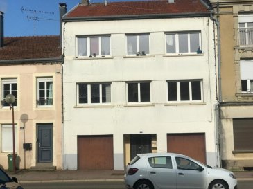 MARS LA TOUR : Immeuble de rapport composé de 2 appartements F3 de 75m2, 2 garages et un jardinet. Les deux appartements sont loués 1000 euros par mois. Pour plus de renseignements contactez l'agence ABAC IMMOBILIER au 03 87 18 37 80.