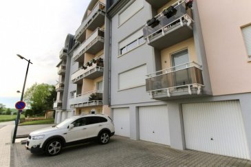 RE/MAX Partners Plus, spécialiste de l'immobilier à Bettembourg, vous propose en location ce joli appartement meublé et lumineux de 3 chambres, situé au 2ème étage d'une résidence soignée avec ascenseur. Il dispose d'une superficie habitable d'environ 96 m². De très beaux volumes s'offrent à vous, et se compose comme suit :  - D'un vaste hall d'entrée, - D'une cuisine équipée fonctionnelle et indépendante (full électroménager), donnant accès sur un petit balcon, - D'un spacieux living lumineux d'environ 25m², - De 3 chambres à coucher, dont une avec balcon, (16m², 12m² et 11m²) - D'une salle de bain avec WC,  - D'un espace buanderie privatif dans l'appartement, - D'un WC séparé, - Un garage fermé privatif avec porte automatique télécommandée, - Une cave attenant au garage,  Extérieur : emplacements destinés aux occupants devant la résidence. *** Cet appartement est loué meublé ***  Proche de toutes commodités : parking au pied de l'immeuble, bus, station essence, restaurant,  crèches et écoles à 8 min à pieds, centre-ville, surface commerciale CACTUS Bettembourg à 5 min en voiture, banques,, etcà.  A visiterà.  Disponibilité à partir du 01/07/2018  CONTACT : MICHAEL CHARLON au 621 612 887 ou par Mail : michael.charlon@remax.lu Ref agence :5095893