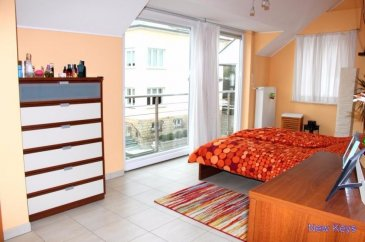 New Keys vous propose ce bel appartement récent (2009) au 3ème et dernier étage d'une surface de +-150m2 à Eischen dans la commune de Hobscheid.  Le bien se compose de la manière suivante : Hall d'entrée WC séparé Buanderie Salon /Salle à manger de +- 53m2 donnant sur un balcon Cuisine équipée ouverte 3 Chambres : 1ère (+-19m2) avec dressing (+-13m2) 2ème (15,80m2) 3ème (+-14m2)  Marquise electrique Cave privative Buanderie en commun Local à vélo Garage (box fermé)  Pas de travaux à prévoir. Pour tous renseignement et/ou visite veuillez contacter le 661 120 388 ou par email à l'adresse info@newkeys.lu