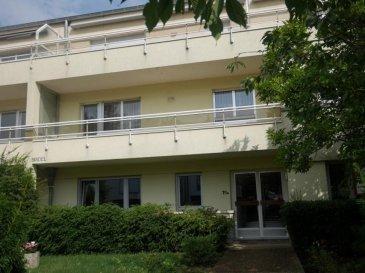 Libre de suite !!! New Keys vous propose ce bel appartement situé dans la commune de Bridel, à moins de 10km de Luxembourg Ville.   Dans une paisible petite résidence avec ascenseur, le bien profite d'une belle luminosité et de deux grands balcons (+/-10m2 chacun).  Proche des axes autoroutiers et de toutes les commodités, l'appartement se présente comme suit:  -Hall d'entrée  -Living avec accès au premier balcon -Cuisine équipée et séparée  -Salle de bain avec baignoire balnéothérapie, deux vasques et toilettes -WC séparé  -2 Chambres spacieuses ( 13m2 et 18m2) avec accès au deuxième balcon ( donnant sur l'arrière de la résidence )  Pour completer ce bien vous disposerez également de: - un Garage box - une Cave  - l'espace buanderie commun   N'hésitez pas à nous contacter au 27 99 86 23 ou par mail info@newkeys.lu pour plus d'informations et/ ou une éventuelle visite.