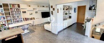 Immocontact vous propose à la vente, dans une maison bi-familiale, ce magnifique duplex situé dans un quartier très calme à Bascharage, avec une belle terrasse de 40m², un jardin privé et clôturé de +/-100m², 3 chambres et un bureau.  A savoir les charges mensuelles sont de 130€ comprenant l'eau et le chauffage.  Apportant beaucoup de luminosité, le bien se compose comme suit:  RDC :  - hall d'entrée - belle cuisine équipée ouverte sur le living/salle à manger donnant accès sur la terrasse orientée sud-est - 1 chambres à coucher - salle de bain avec douche, WC, espace buanderie et fenêtre  A l'étage :  - hall de nuit - 2 chambres à coucher dont une avec des armoires intégrées - bureau ou chambre enfant a - salle de bain avec baignoire, WC et fenêtre  Pour compléter ce bien :  garage box pour 2 voitures, cave et, jardin privé et clôturé de +/- 1 are situé à l'arrière du bâtiment.  A savoir:  Volets électriques partout. Garde-corps, façade et toit refait en 2019-2020.  Proche de toutes commodités, transport en commun, accès autoroutes, commerces, crèches, écoles, maisons relais et infrastructures sportives.  A découvrir rapidement.