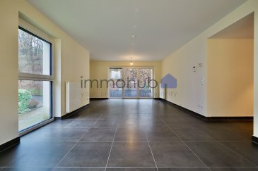 (FR) immohub, votre partenaire dans l'immobilier à Luxembourg-Kirchberg (Val des Bons Malades), vous propose en exclusivité un appartement de +/- 94 m2 situé au premier étage d'une résidence (2012) à 10 unités.  L'appartement se compose comme suit:  -Hall d'entrée 11 m2 -WC séparé (soft close) 1,5 m2 -Chambre I 12,50 m2 -Chambre II 9,00 m2 -SDB 7,0 m2 (baignoire, WC, 2 lavabo simples) possibilité de créer une douche -Cuisine équipée ouverte 13 m2 -Arrière cuisine 2,5 m2 (possibilité d'arranger une buanderie) -Double séjour 33 m2 avec accès au balcon de 8 m2  ***Possibilité d'acquérir un emplacement intérieur à 40.000 €***  Détails: -construction : 2012 -ascenseur -triple vitrage -châssis en PVC -screens extérieurs -CPE : B/B -cave privative / buanderie en commune -VMC -Placards encastrés — Casa milano  Alentours: -European school -Arcelor Mittal -Centre national sportif et culturel COQUE -Auchan Kirchberg / Kinepolis -zones de détentes et de verdure de long de l'Alzette  -la proximité des institutions européennes, des banques, des sociétés internationales, des centres de conférences du quartier Kirchberg -proximité des hôpitaux -proximité de la gare de Domeldange   (EN) immohub, your partner for real estate in Luxembourg-Kirchberg, proposes you this modern apartment of +/- 94 sqm situated on the 1st floor of a residence dating from 2012.   The apartment is laid out as follows:  -Entrance hall 11 sqm -Separate toilet (soft close) 1,5 sqm -Bedroom I 12,50 sqm -Bedroom II 9,00 sqm -Bathroom 7,00 sqm (bathtub, toilet, two single sinks); possibility to create a shower -Fully equipped open kitchen 13 sqm -Storage room 2,5 m2 (possibility to arrange a laundry) -Living room 33 m2 with access to the balcony of 8 sqm  ***Interior parking slot available at 40.000 €***  Details: -Construction : 2012 -Elevator -Residence of 10 units -Triple glazing; PVC frames; Exterior screens -Energy passport : B/B -Private basement -Shared laundry -VMC -Build-in shelves : Casa milano  Surroun