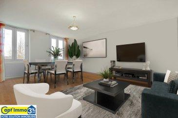 APPARTEMENT COCOONING TRAVERSANT F4/5 89 m²  Au 1er étage.  Petite copropriété de 3 appartements sur 3 niveaux. Syndic bénévole.  ¤ SALON-SEJOUR, CUISINE INDEPENDANTE, 2 CHAMBRES, 1 CHAMBRE-BUREAU,  ¤ SALLE DE BAIN-WC.  ¤ ESPACE JARDINET TERRASSE PRIVE.  ¤ ENSEMBLE DOUBLE GARAGE INDÉPENDANT & ATELIER-REMISE SUR 50 M² + COMBLE.  DISPONIBLE DE SUITE.  BIEN IDÉAL POUR PRIMO-ACCÉDANTS, ARTISANT, AMOUREUX DU BRICOLAGE.  Idéalement situé :  A 6 Mn de Sainte Marie aux Chênes.  Au sein de la communauté urbaine de Metz Métropole.  A 20 Mn du centre de Metz.  A proximité immédiate de toutes les commodités  Liaison vers Metz en bus TCRM P 106 toutes les 30/40 mn.  A proximité DES ACCES AUTOROUTE A4 PARIS Luxembourg METZ  Vous ne pourrez qu'apprécier la fonctionnalité et sa situation.  Dès l'entrée, vous accédez à l'espace d'accueil, il dessert les pièces à vivre, les chambres.  L'ensemble de l'appartement est traversant orientation des pièces à vivre Sud, Sud-Ouest.  L'espace de vie salon, séjour, bureau sont lumineux de par leurs positionnement offrant un cadre de vie convivial.  Vous bénéficierez d'une grande cuisine dinatoire.  Double vitrage PVC récent, chauffage individuel au gaz, sol parquet.  La salle de bain de belle taille, lumineuse, bénéficie d'une grande fenêtre.  RARE :  Vous disposerez d'un double garage individuel et d'un espace atelier remise sur 50 M² plus comble pour stocker le rêve de tout artisan, bricoleur.  Un espace terrasse jardinet indépendant, pour vos plantation et passer d'agréables moments.  Un bien atypique de qualité, idéalement situé à découvrir sans attendre !  Vous vous épanouirez dans ce bien en toute quiétude et sécurité !  Syndic bénévole. Charges annuelles 350,- €  Copropriété de 3 appartements. 1 par niveau.  Honoraires à la charge des vendeurs.  Une visite s'impose !  Renseignements et visites sur RDV  CONTACT 06 30 55 11 48 ou par Mail : mark-com@live.fr  Visites 7 jours sur 7 sur RDV. Capt'Immo 3% Votre solution Immobilière ! Moins d'h