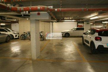 IMMO EXCELLENCE vous propose en exclusivité un emplacement intérieur ( Numéro 43 ) d'une surface d'environ 15 m2 au sous-terrain du SENIOR HÔTEL à Echternach.  Caution télécommande : 80.-Eur Ref agence :3426778