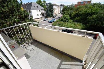 RE/MAX Select, spécialiste de l'immobilier à Luxembourg-Bonnevoie. Vous propose à la vente ce bel appartement, 2 chambres, situées dans le quartier résidentiel de Bonnevoie.   L'appartement se compose comme suit :  Hall d'entrée desservant un grand salon avec balcon orienté sud. Cuisine équipée avec accès a un deuxième balcon.  Deux chambres à coucher  WC séparé.  Salle de bains avec douche italienne Cave et buanderie commune. Armoires encastrer dans diverses pièces de l'appartement.  Porte de salle de bains et cuisine coulissante en verre.  L'appartement à été rénové en 2014 avec soin.  Ascenseur, garage box fermé + 1 emplacement devant la résidence.L'appartement sera repeint à charge du propriétaire actuel.