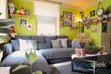 Homeseek Belair vous propose cet appartement d'environ 60 m2, proposant  2 chambres à coucher, une salle de douche avec WC, un salon-séjour et une cuisine.    Travaux à prévoir.  Pour de plus amples informations, n'hésitez pas à prendre contacte directement au numéro 691 111 623 (Janette) ou par mail jdacosta@homeseek.lu Ref agence :4920899-HB-JDC