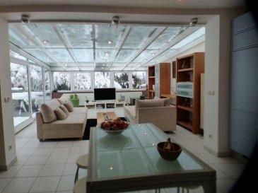 Monia SOUILMI (691 21 29 46 ) et Remax spécialiste dans l\'immobilier à Itzig, vous proposent un bel appartement meublé de style moderne en location.<br>L\'appartement est situé en premier étage dans une résidence calme et bien entretenue.<br>la surface habitable fait 90m²<br>L\'appartement se compose comme suit:<br>Un hall d\'entrée<br>Une cuisine équipée ouverte sur un grand séjour très lumineux et qui donne accès sur une terrasse de 25m²<br>Deux chambres faisant 13m² et 17m² avec accès sur une deuxième terrasse de 12m²<br>Une salle de bain avec WC <br>Un débarras<br>Il s\'ajoute au sous-sol une buanderie commune et un emplacement à l\'intérieur.<br><br>L\'appartement est bien localisé, proche de toutes les commodités, libre de suite !!!<br><br>VISITEZ SANS TARDER !!! <br><br><br> <br />Ref agence :5096087