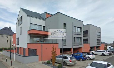 L\'agence CIMOLUX vous propose un appartement dans un endroit calme avec une superficie de +/-80m2.<br><br>L\'appartement dispose un hall d\'entrée, un salon/salle à manger, une cuisine équipée, 1 chambre avec accès directe à la salle de douche, un WC séparé, une chambre d\'appoint/débarras, un emplacement intérieur et une cave.<br><br>Prix 751.000€ <br>(frais d\'agence compris 3% + Tva 17 % à la charge du vendeur)<br><br>Pour plus d\'informations n\'hésitez pas à nous contacter on parle français, allemand, luxembourgeois, anglais, portugais et italien.<br><br>Pour l\'obtention de votre crédit, notre relation avec nos partenaires financiers vous permettront d\'avoir les meilleures conditions.