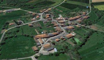 Secteur Solgne, Delme, Bacourt terrain à bâtir de 19 ares environ. Metz sud , proche Solgne, Remilly, Delme,et grand axe routier terrain à bâtir  non viabilisé avec une façade de 19m,  permis accepté pour 2 maisons mitoyennes en 2007 à redéposer.