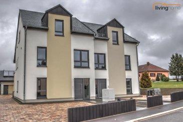 ***1ere Location***Nouvel appartement/duplex, au 1er/2e étage, d'une maison bi-familiale, implantée sur un terrain de 5,73 ares. Le bien est dans un parfait état et se trouve dans un village calme, à proximité de la N7/A7. Diekirch à 15 min, Ettelbrück à 25 min et Luxembourg/Kirchberg à 40 min.  DESCRIPTION: Etage 1: - Hall d'entrée 5,73 m2 - Séjour 25,45 m2 avec accès sur terrasse couverte 15,51 m2 - Cuisine équipée 18,71 m2 avec remise/buanderie 5,85 m2 - WC séparé 2,15 m2 Etage 2 - Hall de nuit 3,51 m2 - 3 chambres à coucher 11,85 m2, 14,68 m2 et 18,42 m2 - Salle de bains 6,65 m2 - WC séparé 2,53 m2 Rez-de-chaussée: - 2 emplacements voitures extérieurs   Conditions de locations: - Loyer mensuel: EUR 1.300,00 - Avances sur charges: EUR 250,00 - Dépôt de garantie : EUR 2.600,00 - Commission agence: EUR 1.521,00 - Animaux domestiques non-admis  Pour de plus amples renseignements, veuillez nous contacter au numéros suivants: - Bureau                          +352 27 80 83 56 - Pascal Poos                 +352 621 362 026 - Carine Dei Camillo       +352 621 453 208 Ref agence :3497559