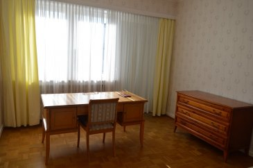 In very quiet area, a duplex is available for rent.
